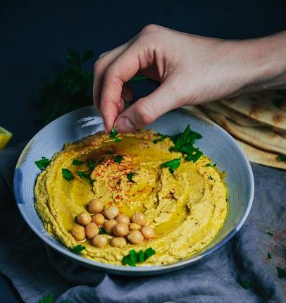 Einfach Hummus selber machen - Rezept